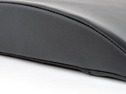 Curved design supports lower back