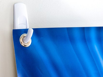 Hook securely hold a banner