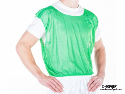 360° view of green pinnie vest on man