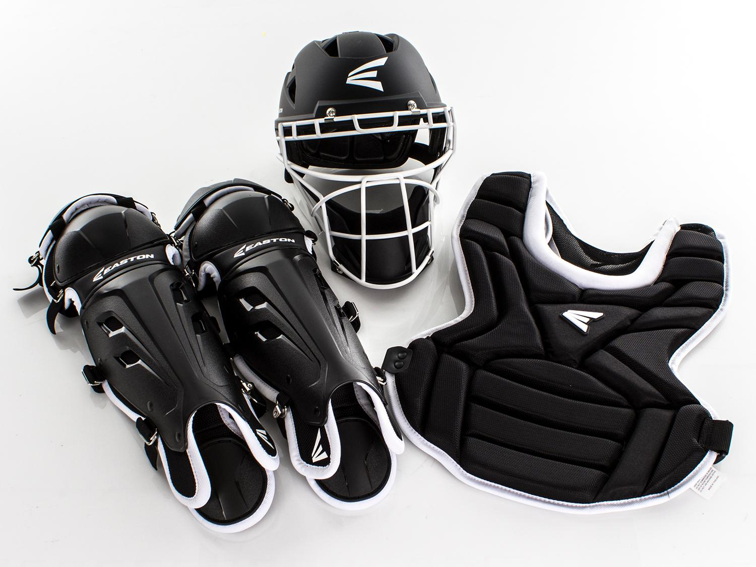 Easton Fast Pitch Catcher's Gear Set