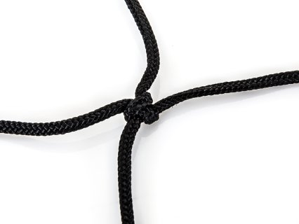 Knotted net for strength and durability