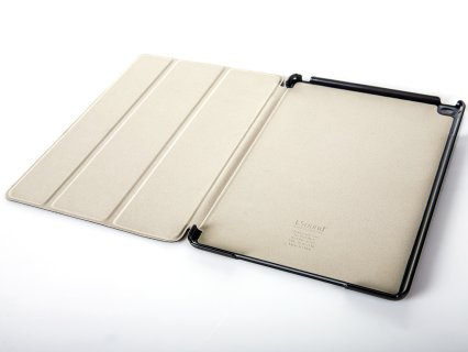 Easily detach protective case to create a slimmer footprint for your tablet